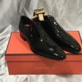 #384 Queen Classico のエナメルの靴を購入しました